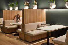 Restaurant Seating, Restaurant Furniture, Lounge Design, Cafe Design, Banquette Seating, Workspace Design, Diy Pallet Furniture, Restaurant Interior Design, Booth Design