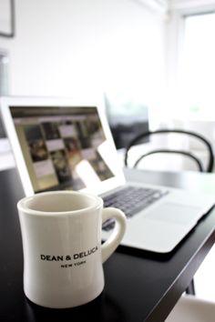 homevialaura | black dining table | Dean & DeLuca coffee mug | MacBook Air | blogging