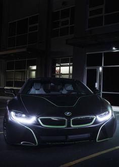 EXIT BMW i8 I12