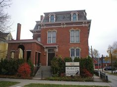The Book Inn Bed and Breakfast , is South Bend, Indiana's, oldest Bed and Breakfast. Known as the Cushing House, it was built by Albert & Martha Cushing in 1872, and is one of the earliest residences on Washington Street.