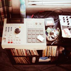 Akai Mpc 2000xl New Hip Hop Beats Uploaded EVERY SINGLE DAY http://www.kidDyno.com
