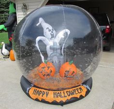 Giant Gemmy Halloween Airblown Inflatable Whirlwind Globe with Bats Ghost