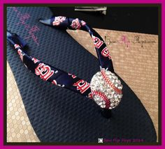 Who is your favorite baseball team?   Ribbon is available for most Major League Baseball teams!  Bling Flip Flip Flops with Cardinal's St Louis Ribbon