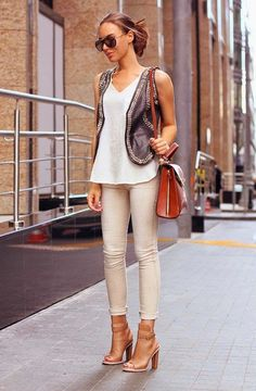 Cute fall look. An olive utility vest would look great with this. Love the shoes!