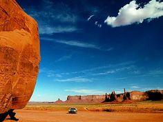Stati Uniti: il meglio dei viaggi on the road. Monument Valley, on the road again © Antonio Gastaldi