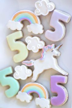 Grab your paint brush and get ready for a mystical journey in this Magical Unicorn Art Birthday Party at Kara's Party Ideas! Art Birthday, Unicorn Birthday Parties, First Birthday Parties, Birthday Ideas, Unicorn Art, Magical Unicorn, Unicorn Cakes, Super Cookies, Cookie Wedding Favors