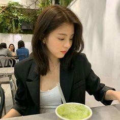 Korean Haircut, Foto Casual, Chinese Actress, Asia Girl, Korean Actresses, Ulzzang Girl, Girl Photography, Woman Crush, Queen