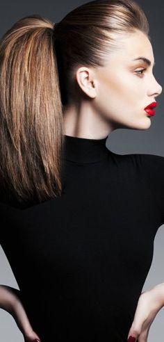 ❤️ Full volume ponytail, slick hair