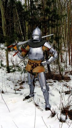 Terra Teutonica 1360-1440 knight armored plate armor bascinet helmet with bastard sword 14th 15th century