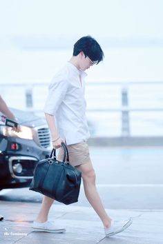 Look at those legs.... damn jimin