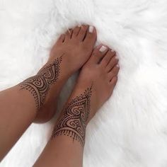 67 Infinity Beautiful Ankle Bracelet Tattoos Design Anklet Tattoos Idea for Wome. - 67 Infinity Beautiful Ankle Bracelet Tattoos Design Anklet Tattoos Idea for Women – Page 16 - Henna Ankle, Ankle Foot Tattoo, Tiny Foot Tattoos, Foot Tattoos For Women, Tattoo Designs For Women, Body Art Tattoos, Leg Mehndi, Ankle Tattoos For Women Mandala, Ankle Tattoos For Women Anklet