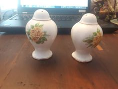 Beautiful Royal Albert, Tea Rose, Salt and Pepper shaker Tea Roses, Royal Albert, Fine China, Salt, Stuffed Peppers, Etsy Shop, Yellow, Vintage, Beautiful