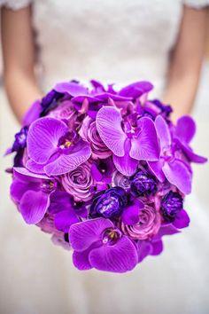 Pretty Purple Orchids ~ we ♥ this! moncheribridals.com