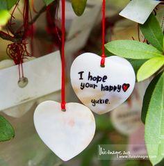 Sospeso per un sorriso d'anima il cuore che vuole il bene. Cerca l'aria del respiro degli occhi intimi. Bdìn #poesia