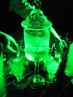 Dancing with the Green Fairy at La Belle Epoque Dark Green Aesthetic, Rainbow Aesthetic, Aesthetic Colors, Aesthetic Pictures, Green Theme, Green Colors, Belle Epoque, Orange Pastel, Green Pictures
