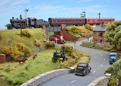Model Railway Toy Train Set Strategies That You Must Be Aware Of N Scale Model Trains, Scale Models, Ho Train Layouts, Train Miniature, Escala Ho, Hobby Trains, Train Pictures, Small World, Graham