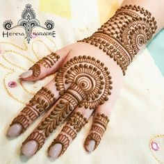 Explore latest Mehndi Designs images in 2019 on Happy Shappy. Mehendi design is also known as the heena design or henna patterns worldwide. We are here with the best mehndi designs images from worldwide. Henna Hand Designs, Round Mehndi Design, Mehndi Designs Finger, Full Hand Mehndi Designs, Mehndi Designs For Beginners, Mehndi Design Pictures, Mehndi Designs For Fingers, Beautiful Henna Designs, Henna Tattoo Designs
