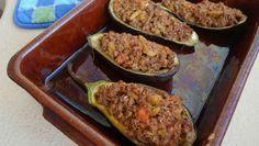 Hast du Lust ein besonderes und außergewöhnliches Rezept ausprobieren?  Gefüllte Aubergine Und pssst: Wer keine Aubergine mag - füllt einfach anderes Gemüse, wie Zucchini, Rote Beete und Paprika.  So manch ein Gemüsemuffel merkt noch nicht einmal den Unterschied   #fürmehrabwechslungaufdemteller #eatyourveggies #hackfleisch