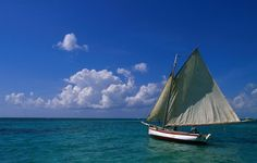 Sailing boat, Ambergris Caye & San Pedro, Belize. www.pinterest.com/wildcasalmon