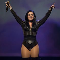 Demi Lovato Won't Share Her New Music So Nick Jonas Does It For Her - http://oceanup.com/2016/08/13/demi-lovato-wont-share-her-new-music-so-nick-jonas-does-it-for-her/