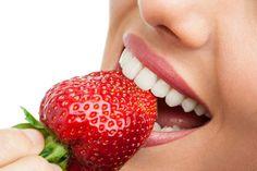 morango ajuda eliminar o tártaro dos dentes