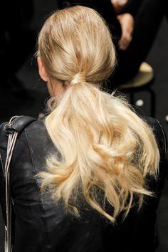 tendencia belleza primavera verano 2013 peinado recogido alto ponytail