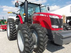 Massey Ferguson 8650 tractor