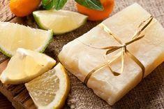 Piece of handmade lemon soap. Lemon Soap, Diy Presents, Diy And Crafts, Food Porn, Perfume, Herbs, Fruit, Health, Handmade