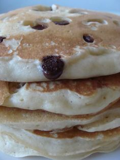 Another to remember for if I ever have to cook for my vegan friend Easy Vegan Pancakes Vegan Pancake Recipes, Vegan Pancakes, Brunch Recipes, Vegan Recipes, Dessert Recipes, Recipes Dinner, Vegan Treats, Vegan Foods, Vegan Dishes