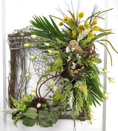 Rustic Wreath, Twig Wreath, Wreath with Nest and Bird, Square Twig Wreath
