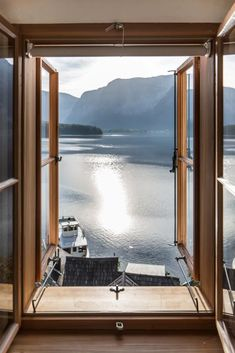 Hallstatt Hideaway: with a difference - LIFESTYLEHOTELS Secret Hideaway, Travel Bugs, Planet Earth, Natural Materials, Continents, All Over The World, Countryside, The Good Place, Architecture Design