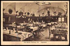 Innenansicht Alte Burse Freiburg ca. 1920er Jahre    Tolle Postkarte der Alten Burse mit einer Innenansicht der Jägerhalle. Dürfte wohl etwa zwischen 1910 und 1930 erschienen sein. Vielen Dank an Michael Engl.