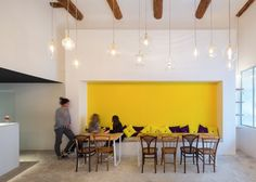 Image 6 of 13 from gallery of Fietje Beer Bar / Bertrand Guillon Architecture. Photograph by Julien Kerdraon