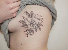 Wild roses, side rib. Thanks @emzeymp #flowertattoos