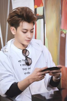 Huang Zitao / Tao - I watched his interview where he talked about his past a while ago. I think every senior Exo-L should watch it, if he/she has a negative picture of him. #Tao