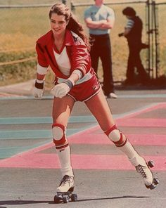 80s-90s-supermodels:    Model: Brooke Shields  ( Source: The Fashion Spot )
