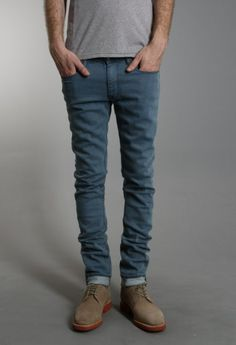 Normally I dont like blue jeans or colored skinny jeans but these are nicce!