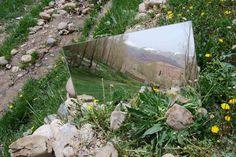 robert smithson mirror
