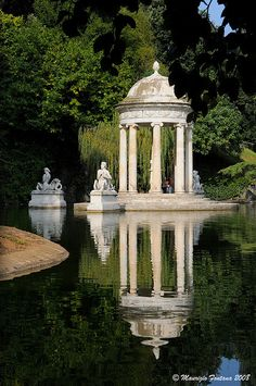 Pallavicini riflessi Genova, province of genoa, Liguria region Italy (friend just get married here ill find a way to get there even if it means selling noah! Beautiful World, Beautiful Gardens, Beautiful Places, Places Around The World, Around The Worlds, Pavillion, Italian Garden, Dream Garden, Landscape Architecture