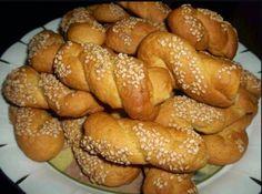Greek Sweets, Greek Desserts, Greek Recipes, Greek Cookies, Bread Cake, Easter Recipes, Easter Food, Brownie Recipes, Food Inspiration