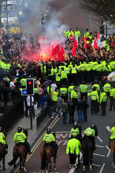 https://flic.kr/p/7bR143 | Protest | Taken from Park Row in Leeds as literally armies of police descended on the city to cover two protest marches (the 'English Defence League' (EDL) and the other by the Unite Against Fascism (UAF)).
