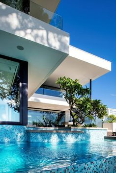 House With Contemporary Interior Design By Urbane Projects On World Of Architecture - pictures, photos, images Houses Architecture, Architecture Design, Modern Mansion, Luxury Homes Interior, Contemporary Interior Design, Contemporary Homes, Interior Modern, Contemporary Architecture, Le Corbusier