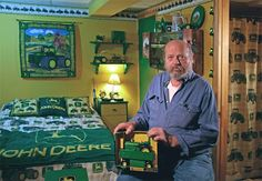 If daniel had it his way, I'm pretty sure our bedroom would look like this John Deere room.