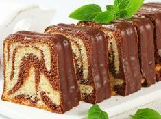 Baton Cake Recept en Ebruli - Food & Drink The Most Delicious Desserts – Culture Trip Pan Dulce, Food Cakes, Fondant Cakes, Cupcake Cakes, Oreo Torte, Cake Recept, Plum Cake, Sweets Cake, Pastry Cake