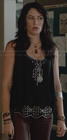 Wendy's black and white embroidered tank top with scalloped edges on Witches of East End Dark Fashion, Autumn Fashion, Witch Fashion, Witches Of East End, Girl Crushes, Film, Style Me, Fashion Outfits, Jeans Fashion