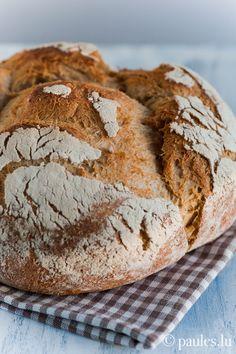 Nachgemacht: 1 Basisrezept - 12 verschiedene Brote - Kartoffelbrot Ich weiss nicht wie es eurem Backofen geht, aber unserer freut sich, nach der grossen und süssen Weihnachtsbäckerei, endlich wiede...