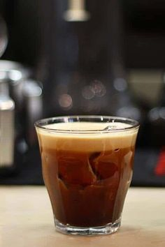 Discover the history of the Greek Cold Coffee Beverages, Fredo Espresso and Fredo Cappuccino. Try our recommended recipes and take a refreshing break! Espresso Coffee, Iced Coffee, Coffee Drinks, Espresso Recipes, Coffee Recipes, Instant Coffee, Blended Coffee, Frappe, Chocolate Coffee