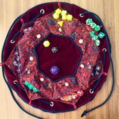 Post with 26 votes and 1583 views. Tagged with dice, dnd, dungeons and dragons, dicebag; Dice bag (all made by hand) Drawstring Bag Diy, Sewing Crafts, Sewing Projects, Dungeons And Dragons Dice, Dice Bag, Cosplay Diy, D Craft, Fabric Yarn, Pocket Pattern