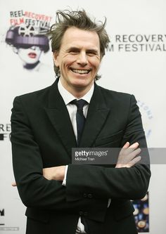 john-taylor-of-duran-duran-arrives-at-the-writers-in-treatments-4th-picture-id161778748 725×1.024 pixel