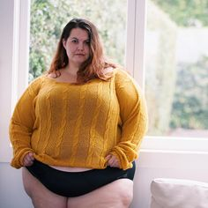 Nice Curves, Girl With Curves, Beautiful Curves, Sexy Curves, Big And Beautiful, Beautiful Women, Fat Women, Curvy Women, Chubby Ladies